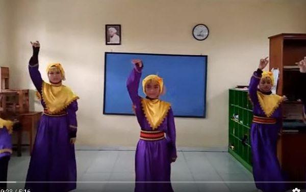 """Tari Kreasi Cindai Kelas VI SD Islam Asshafa """"Salman Alfarisi"""""""
