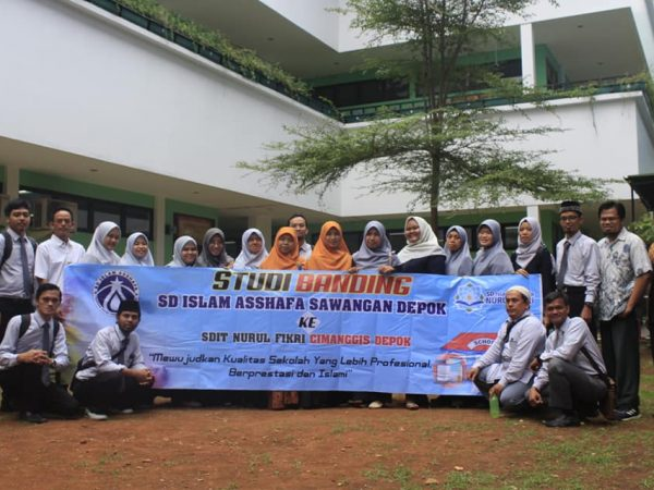Studi Banding SD ISLAM ASSHAFA & SDIT NURUL FIKRI